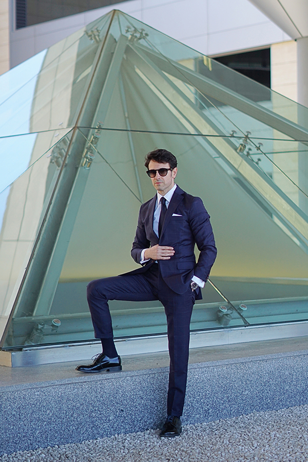 blue suit style for man