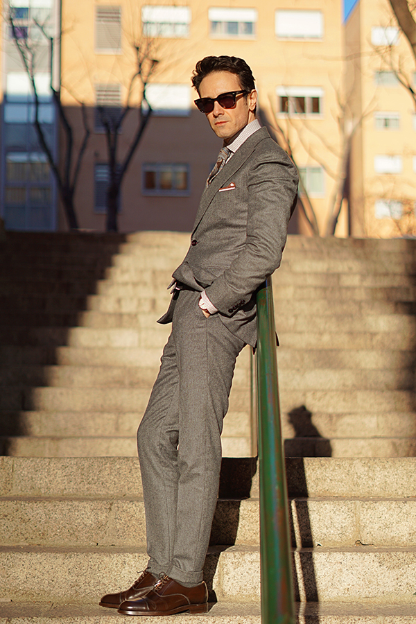 grey suit style for men