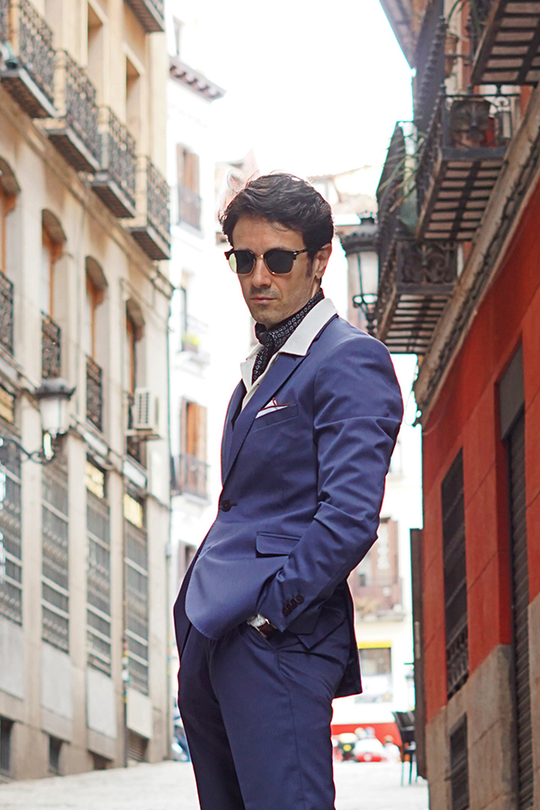 blue suit outfit for men