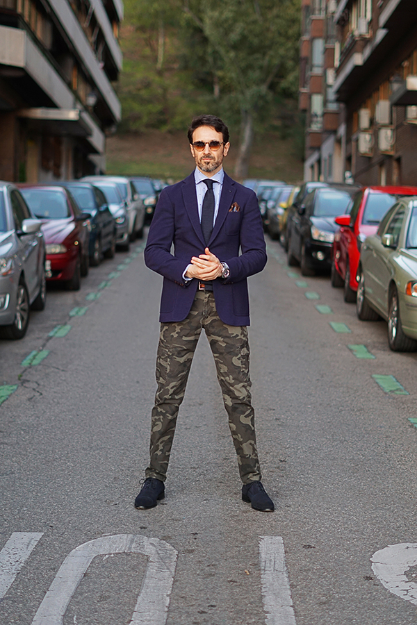 camuflage trousers for men style