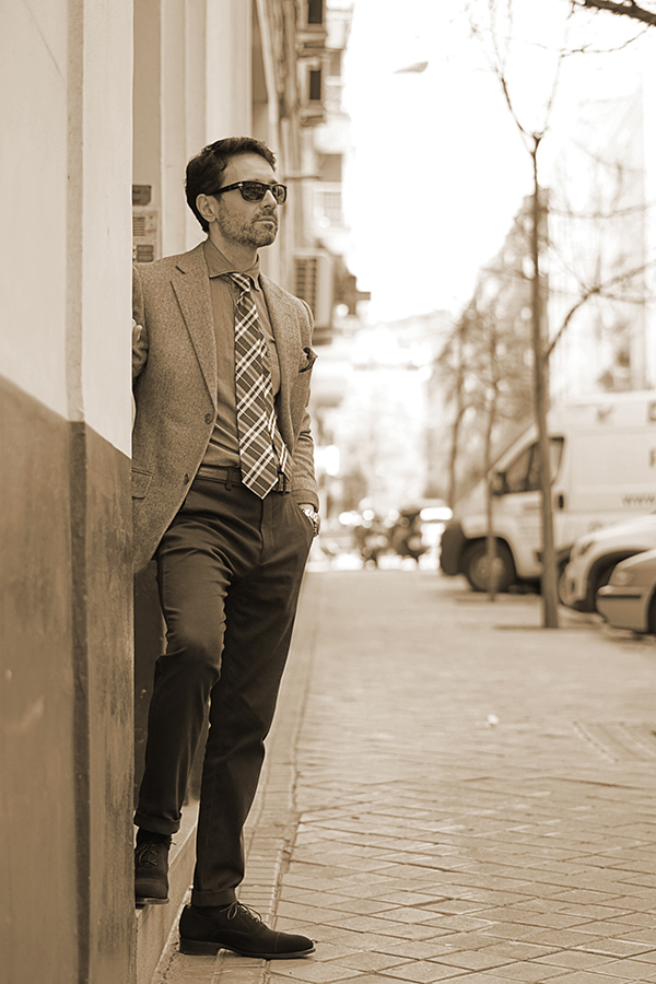 grey blazer for men outfit