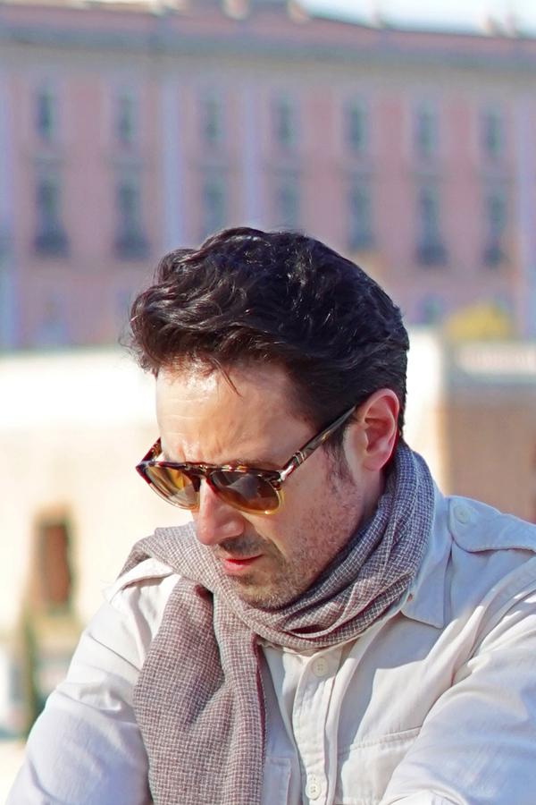 persol po649 sunglasses style